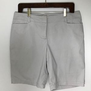 """Talbots Twill Bermuda Shorts 9"""" inseam sz 10P"""
